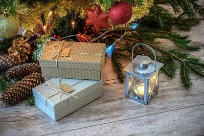 retro-gifts-1847088_640.jpg